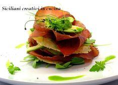 Millefoglie di bresaola, avocado e cialde di Parmigiano Reggiano