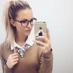 vorläufige ersatzbrille.. habt einen wunderschönen abend ihr süßen!!✨ #me#today#ootd#new#glasses#photooftheday#instadaily#hair#ponytail#follow#girls#my#style#look#makeup#mac#foundation#selfie#like4like#outfit#fashion#necklace#have#a#great#evening#goodnight