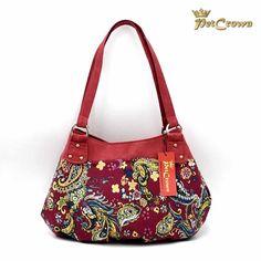 Mit Taschen der Kollektionen von PetCrown werden Sie garantiert die Blicke auf sich ziehen. Einzigartig, jedes Model ein Unikat. Models, Shoulder Bag, Bags, Fashion, Unique, Handbags, Handarbeit, Templates, Moda