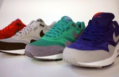 Nike Air Max 1 Holiday 2012