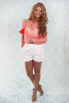 Bij www.miss-p.nl, Tailor en Elbaz, Candy Collection. http://www.miss-p.nl/tailor-elbaz/stripes-pie-blouse-pink-en-fudge-short.html