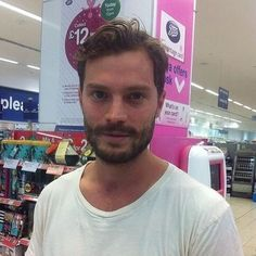 All of your comments on my previous post made me laugh so much • So.. I want to know if any of you guys have any Jamie Dornan related experiences!  My funniest experience was after I watched the fall, and then for around 3 weeks, every time I saw a bearded picture of Jamie I cried because I was scared and had nightmares  #JamieDornan #paulspector