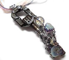 «Ключик непростой, ключик золотой»: оригинальные и необычные украшения из обычных ключей - Ярмарка Мастеров - ручная работа, handmade