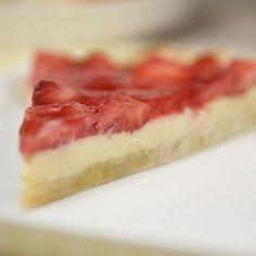 Erdbeertarte mit weißer Schokoladencrème