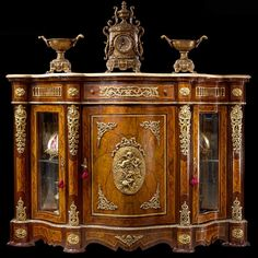 Egyptian Furniture, Antique Furniture, Decoration, Art Decor, Home Decor, Baroque, Style Louis Xv, Luxury Office, Wardrobe Cabinets