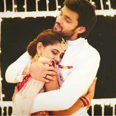 The last scene of . Please come back guys wid Romantic Couples, Cute Couples, Love You So Much, How Are You Feeling, Dear Zindagi, Niti Taylor, Tv Actors, Forever Love, Sweet Couple