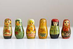 UKKONOOA: Parit löydöt / small Russian style figures
