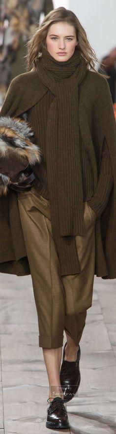 Michael Kors.Fall 2015. Michael Kors Fall, Cheap Michael Kors, Michael Kors Outlet, Handbags Michael Kors, Mk Handbags, Fashion Handbags, Fashion Moda, Teen Fashion, Womens Fashion