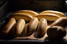 Dobře zadělaná kuchyň :-): Rohlíky dobré i druhý den... Russian Recipes, It Cast, Bread, Vegetables, Cooking, Hot, Ethnic Recipes, Polish, Kitchen