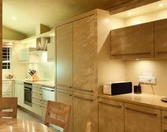 Plush open plan kitchen of Beta Villa - Bakoven Open Plan Kitchen, Catering, Plush, Villa, Kitchen Cabinets, How To Plan, Home Decor, Kitchen Cupboards, Homemade Home Decor