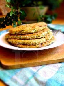Ovseno-cukinové lievance naslano Raw Vegan, Vegan Vegetarian, Paleo, Thing 1, Tahini, Salmon Burgers, Smoothie, French Toast, Breakfast