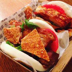 Crispy pork belly bao's  #helloweekend #mrbao #porkbelly #porkcrackling #bao #guabao #asianfood #instafood #foodporn #sydneyeats #sydneyfood by rachpel