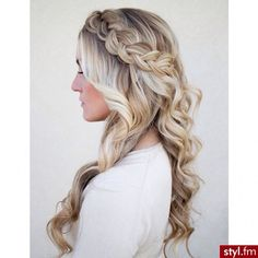 Hair idea, love how free it is