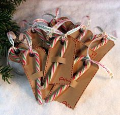candy cane gift tags ~ great idea for that box of 12 candy canes :) - Candy cane party decor ideas - Candy Canes - Christmas Candy Cane Crafts Christmas Makes, Noel Christmas, Homemade Christmas, Diy Christmas Gifts, Christmas Projects, Christmas Decorations, Christmas Candy, Christmas Ribbon, Holiday Candy