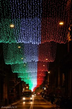 Under the colors of the Italian flag, Christmas in Rome.I DEF have to go to Rome for Christmas! Christmas In Rome, Christmas Lights, Christmas 2014, The Places Youll Go, Places To Visit, Beautiful World, Beautiful Places, Visit Rome, Thinking Day