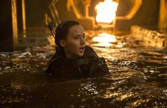 'While Mockingjay Part 1 definitely ramped up the darkness, Part 2 is almost pitch black by comparison' . Jennifer Lawrence in The Hunger Games: Mockingjay - Part Hunger Games Pin, Hunger Games Movies, Hunger Games Mockingjay, Mockingjay Part 2, Hunger Games Catching Fire, Hunger Games Trilogy, Jennifer Lawrence, Miss Piggy, Katniss And Peeta