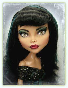 OOAK Cleo de Nile Monster High Doll Art Repaint By Pamela Reasor Almost looks like real eyes... beautiful