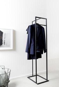 Kleiderständer ALVA - Trendy home - Steel Furniture, French Furniture, Home Furniture, Furniture Design, Furniture Removal, Filigranes Design, Store Design, Design Trends, Clothes Stand