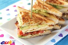 Sandwich club de pollo