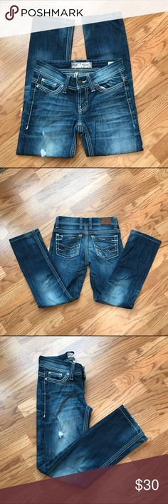 """BKE Straight Jeans """"Payton"""" Cute Buckle Distressed Jeans!!! Inseam 27"""". Size 25R BKE Jeans Straight Leg"""