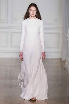 2d50fb0a9d91 Valentino Spring 2017 Haute Couture. Couture Collection
