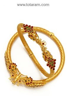 Fine Gold Kada with Ruby & Emerald - Set of 2 Pair). Gross Gold Weight: grams Ruby & Emerald Weight: Carats Width on the sides of the Gold Bridal Earrings, Gold Wedding Jewelry, Gold Jewelry Simple, Gold Bangles Design, Gold Earrings Designs, Gold Jewellery Design, India Jewelry, Saris, Emerald