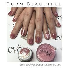 Another elegant set of Bio Sculpture Gels by our lovely Olivia. Subtle Silhouette top with a Rose Gold Essence No. Bio Sculpture Gel Nails, Nail Jewelry, Vegan Beauty, How To Do Nails, Brighton, Hair And Nails, Nail Designs, Rose Gold, Glitter