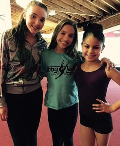Dance moms and fans or dancers