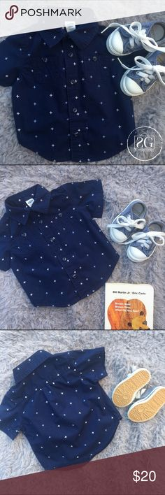 🆕Shoes & Button Up Bundle. 💢Two items. Shoes are old navy brand, size not indicated but are comparable to other shoes size 3-6 months. Top is 100% cotton, 3-6 months and old navy brand as well. Some discoloration on one of the shoelaces (see last pic). Old Navy Shoes Sneakers