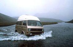 Bus Camper, Vw Bus T3, Volkswagen, Happy Bus, Vw Vanagon, Cool Campers, Cool Vans, Vw Cars, Transporter