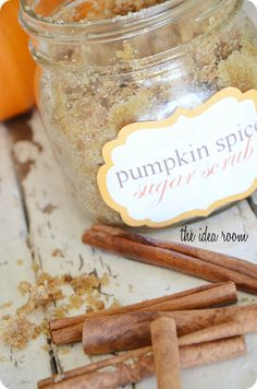 What a sweet DIY gift to help pamper and show a little gratitude for all the help the lovely people in your life are contributing. Pumpkin spice sugar scrub #givingthanks