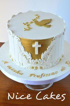 Naming Ceremony Decoration, Ceremony Decorations, Baby Dedication Cake, First Communion Cakes, Baptism Ideas, Girl Cakes, Amazing Cakes, Cake Decorating, Presentation