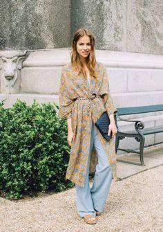 Belted Kimono Cardigan 2017 Street Style