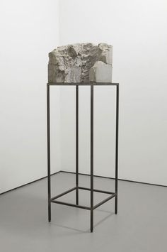 Isa Genzken - Berg - 1989 - Concrete with steel base Overall - 164.8 x 51.1 x 55.9 cm