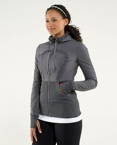 Dance Studio Jacket III size 4. paid $128 retail. Selling for 115 plus shipping. Worn x 1.