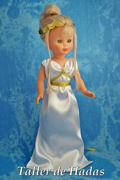 NANCY .- Nancy Doll, Wellie Wishers, Costume, Little Doll, Doll Clothes, Flower Girl Dresses, Glamour, Dolls, Disney Princess