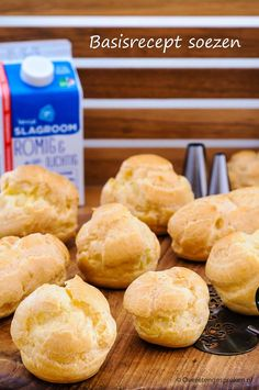 Basic recipe for puffs - Basic recipe for puffs – With this basic recipe you bake the perfect puffs. Vary the filling and - Dutch Recipes, Baking Recipes, Sweet Recipes, Cake Recipes, Snack Recipes, Dessert Recipes, Tasty Pastry, Lunch Snacks, Pie Dessert
