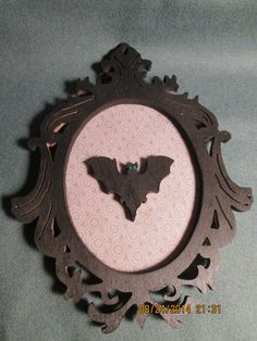 Silhouette Portrait Flying Bat Wall Plaque Hanging Decoration (plaque holder not included) by PXWoodNJoys on Etsy