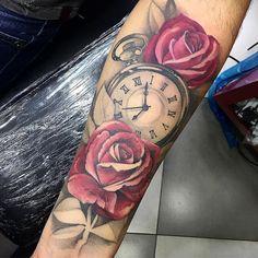 """504 curtidas, 15 comentários - Leander Piva - Tatuador (@leanderpiva) no Instagram: """"Trampo que rolou esses dias!!! #VSCOcam #tbt #tattoos #arts_help #arts_gallery #instalike…"""""""