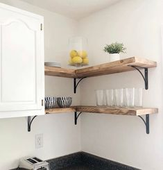 Awesome Creative Floating Corner Shelves For Living Room Organization Ideas Industrial Wall Shelves, Kitchen Wall Shelves, Rustic Shelves, Shelf Brackets Kitchen, Shelf Brackets Farmhouse, Oak Wall Shelves, Deep Shelves, Corner Shelving Unit, Floating Shelves Kitchen