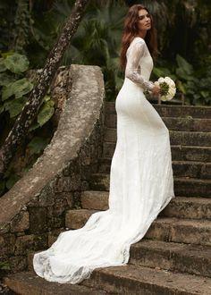 Little Mistress Jenna Scallop Lace Wedding Dress size: 16 UK, colour: High Street Wedding Dresses, Best Wedding Dresses, Bridal Dresses, Bridesmaid Dresses, Sequin Midi Dress, Lace Dress, Petite Bride, Wedding Dress Sizes, Lace Wedding