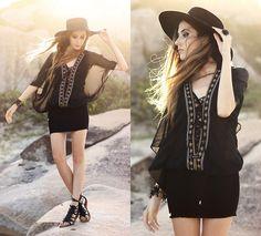 Moikana Dress, Asos Hat ---- beach