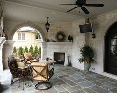 Outdoor system perfect for entertaining!