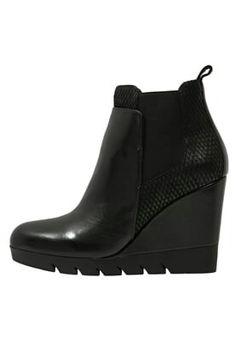 Calzature Nero Giardini Donna   Women s Shoes 8857bf7cc8f