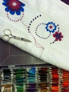Sewing kit. Kit de costura
