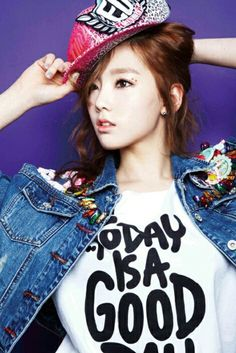 Kim Taeyeon   Main Vocalist   Leader   Face of Group