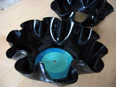 If I can find cheap records, sounds like a great program!     Make a record bowl in less than 5 minutes! I know an RA that is going to be doing this as a program in the near future.