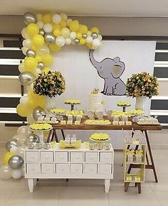 Cute Lemon, Chrome Silver, White & Clear DIY Balloon Garland Kit Baby Showers - New Sites Baby Shower Yellow, Boy Baby Shower Themes, Gender Neutral Baby Shower, Baby Shower Balloons, Baby Shower Fun, Sunshine Baby Shower Ideas, Baby Ballon, Baby Shower Garland, Unisex Baby Shower