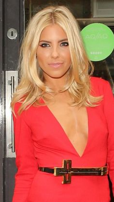 Mollie King Hair Nice growing out style