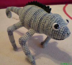 2000 Free Amigurumi Patterns: Crocheted chameleon: free pattern